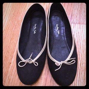 London Sole Ladies Black & Gold Ballet Slippers